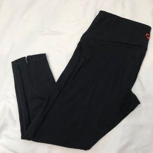 Equinox Capri leggings sz M